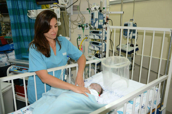 The patient shown here is Talya from Nablus. Photo by Barak Nuna